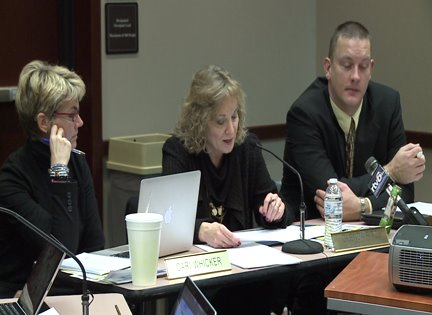 Turnaround schools dominate new superintendent's first education board meeting