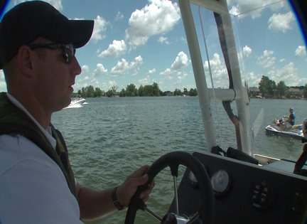Officers cutting down on drunk boating in Indiana