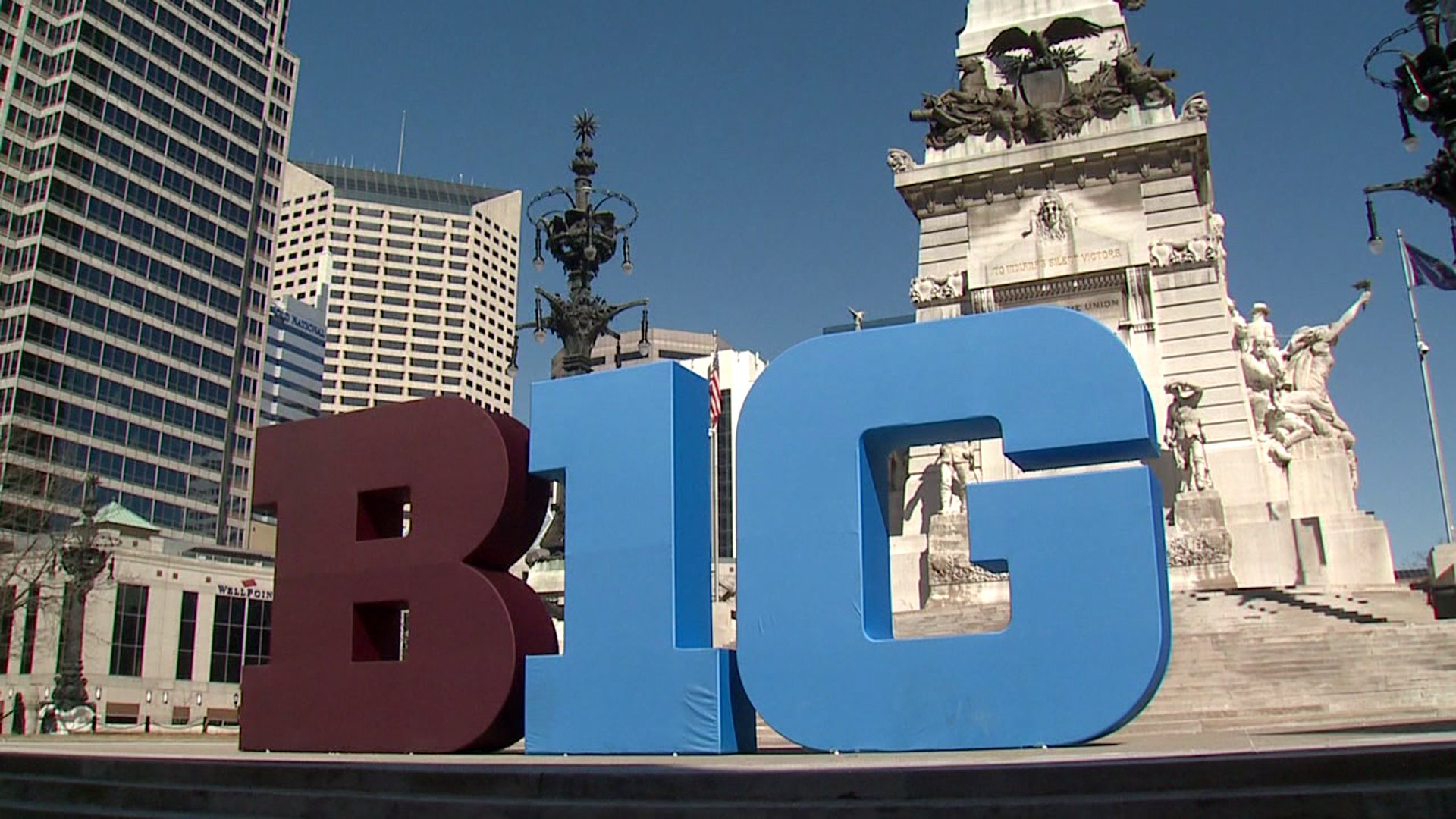big ten statue