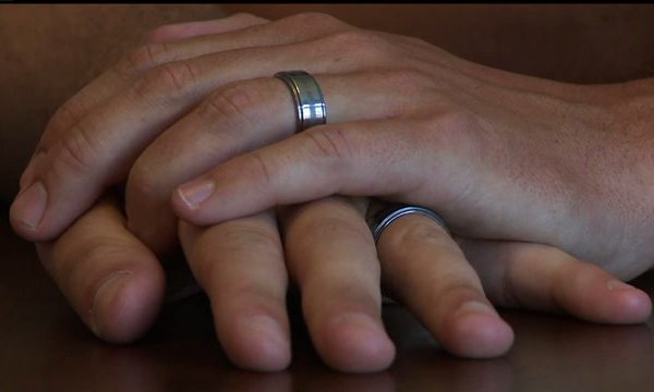 State of Indiana won't recognize same-sex marriages