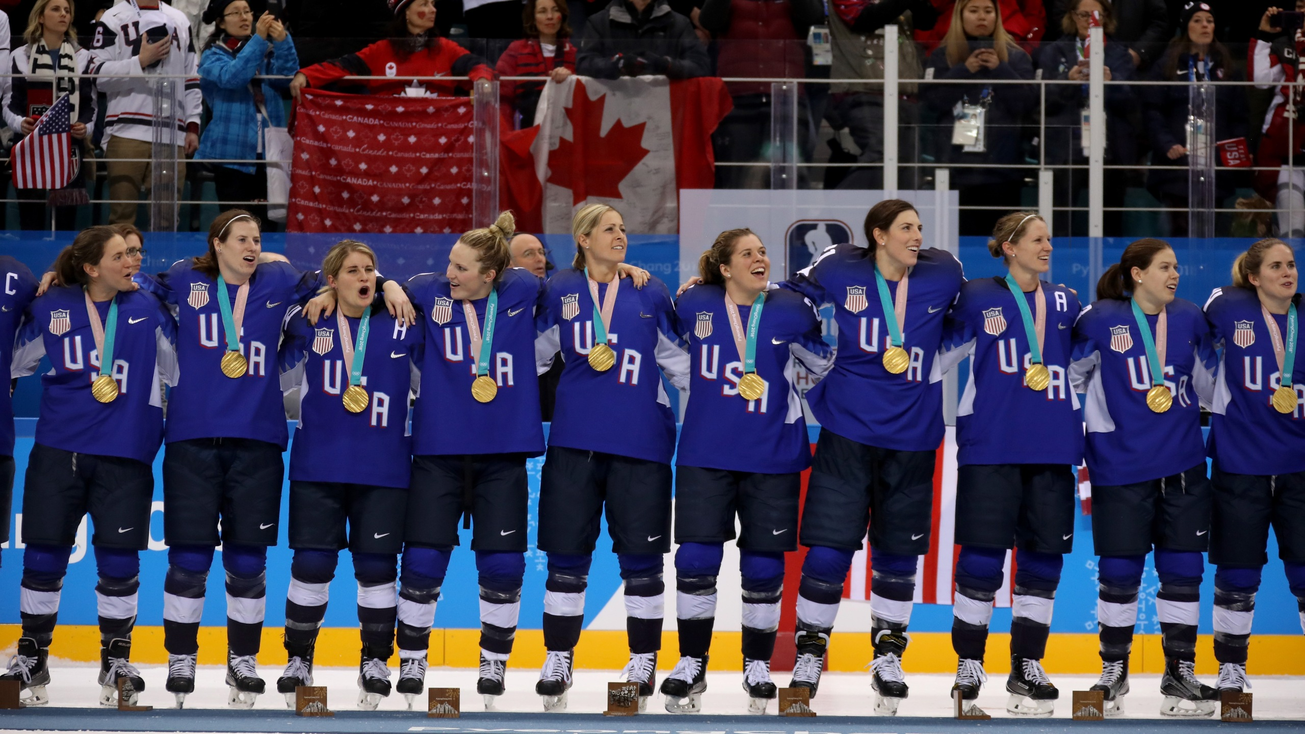 Us Beats Canada For Gold In Women S Hockey Game Fox 59