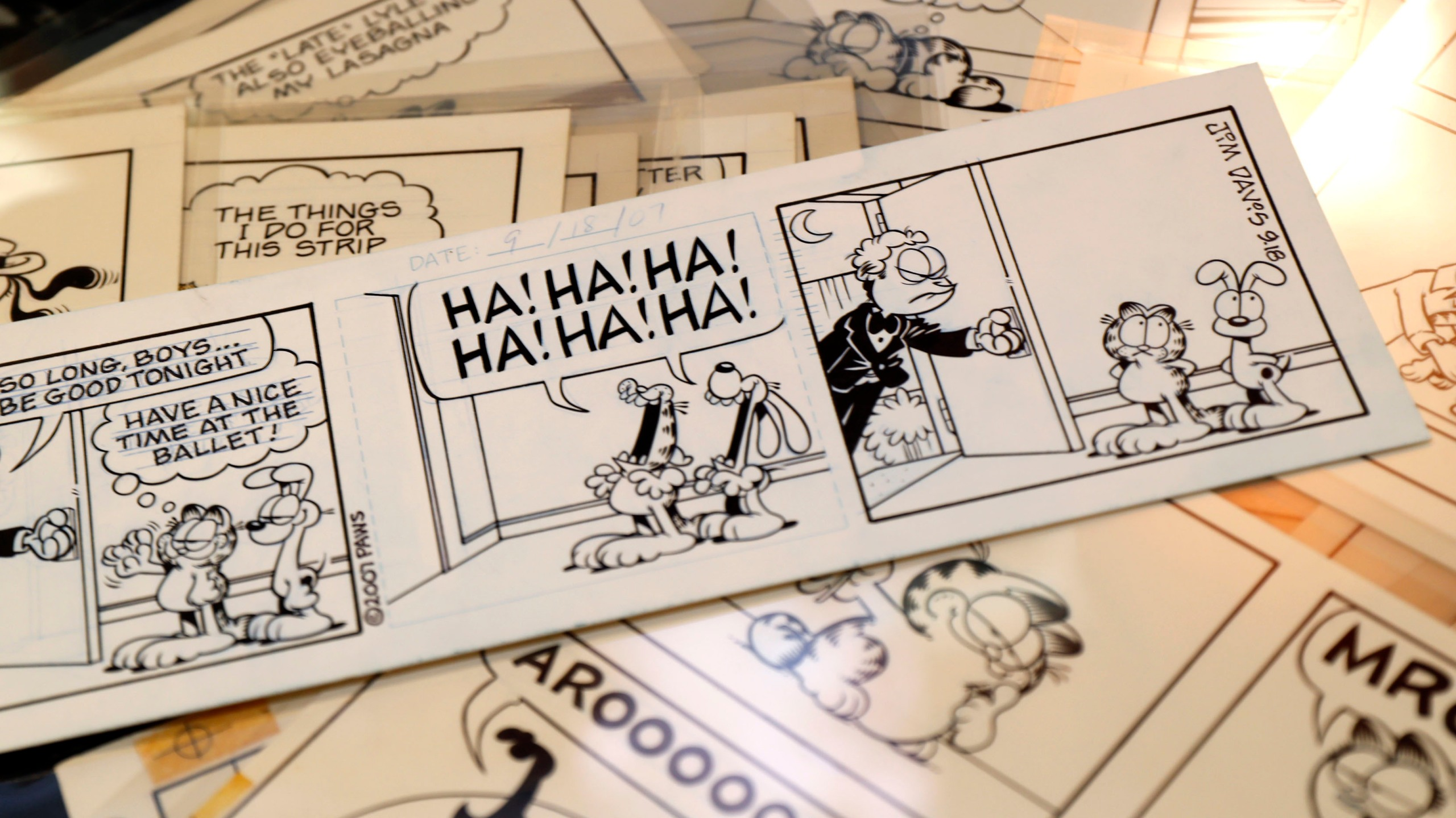 30 Plus Years Of Garfield Comic Strips To Sell At Auction Fox 59