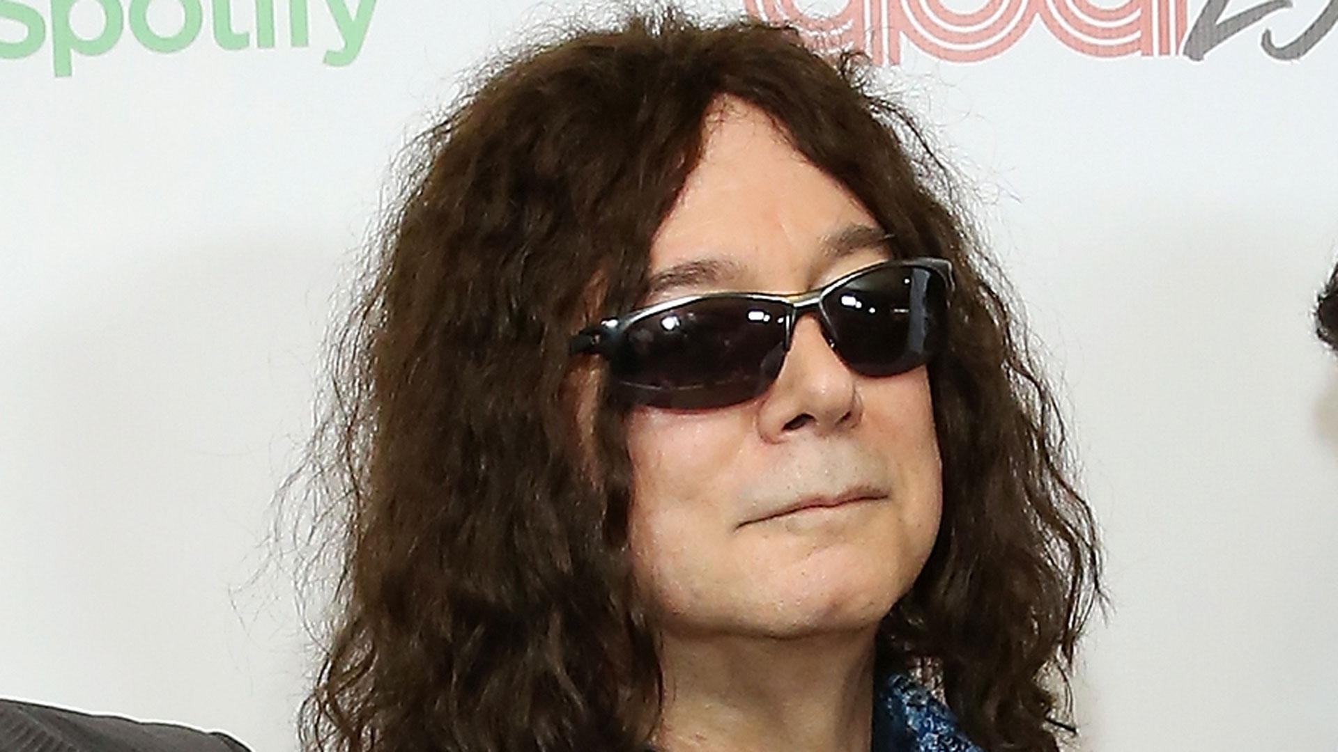Alan Merrill, 'I love Rock 'n' Roll' songwriter, dies from coronavirus | Fox 59