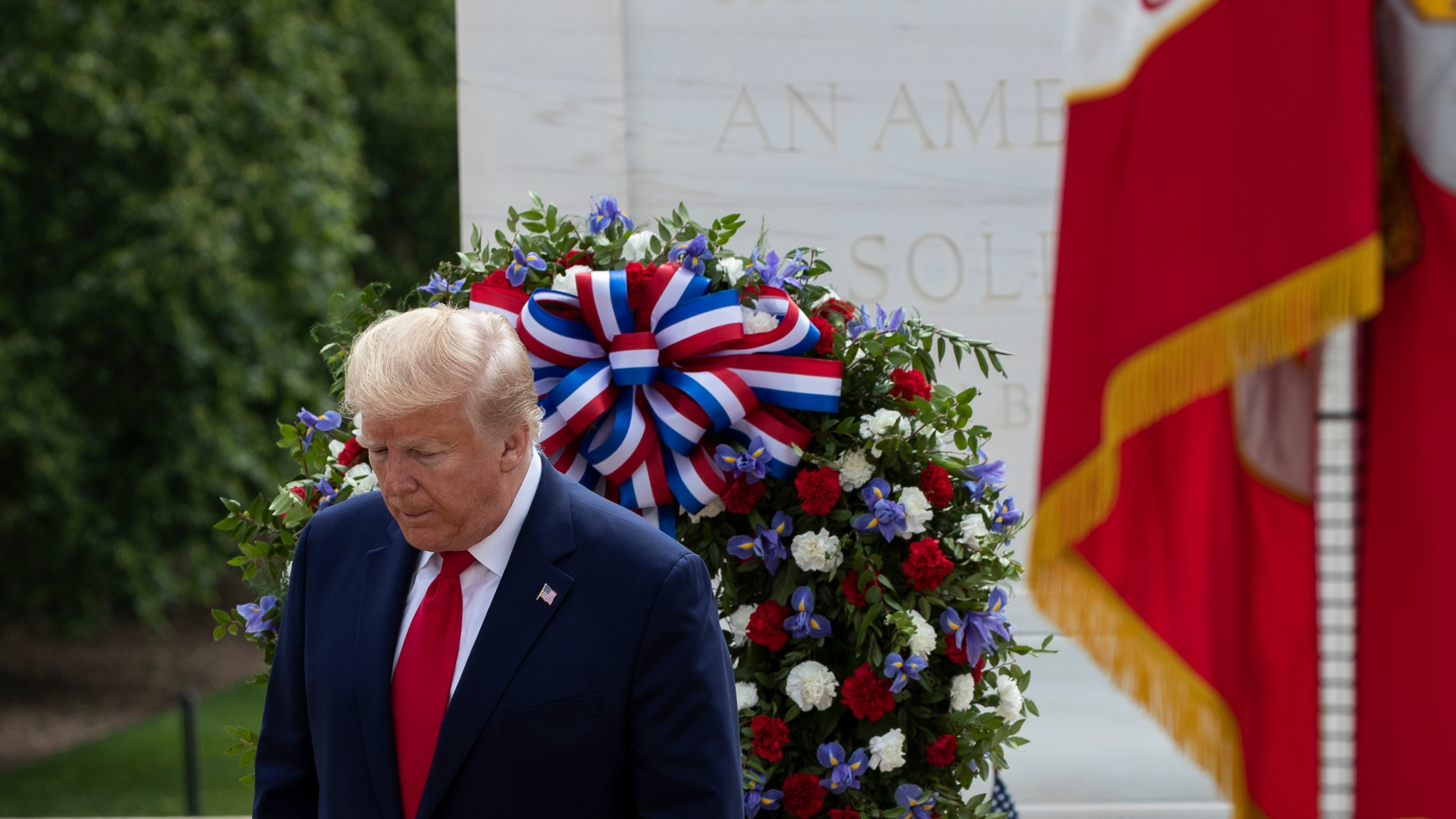For Honor Christmas Event 2020 Trump honors fallen soldiers on Memorial Day in twin events | Fox 59
