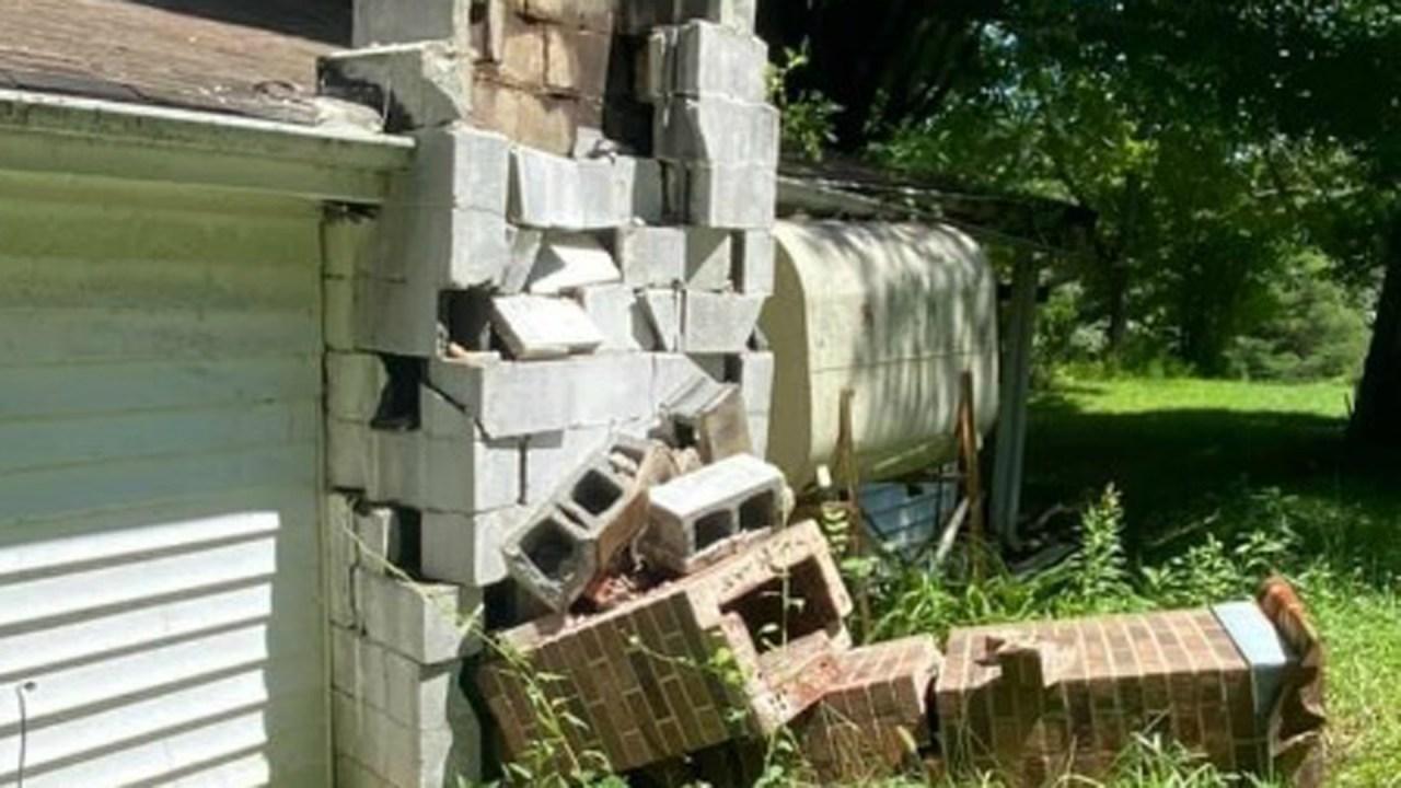 earthquake. in nc - photo #3