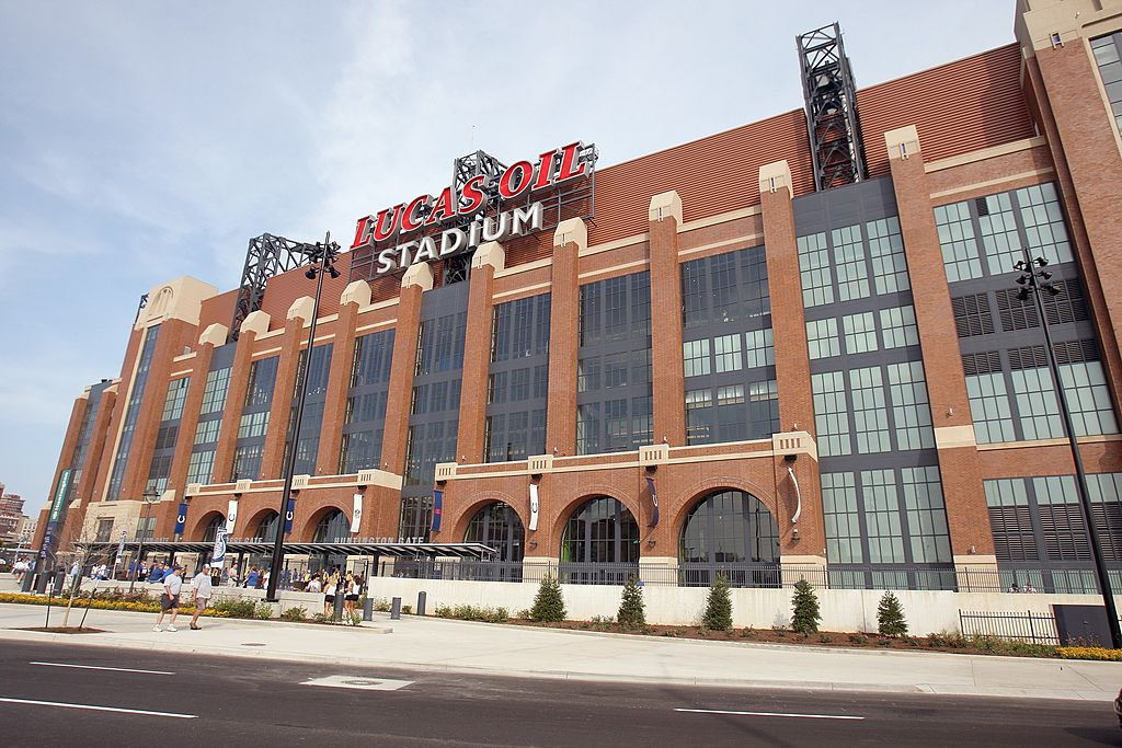Indianapolis Colts Announce 2 500 Fan Capacity At Lucas Oil Stadium For Home Opener Fox 59