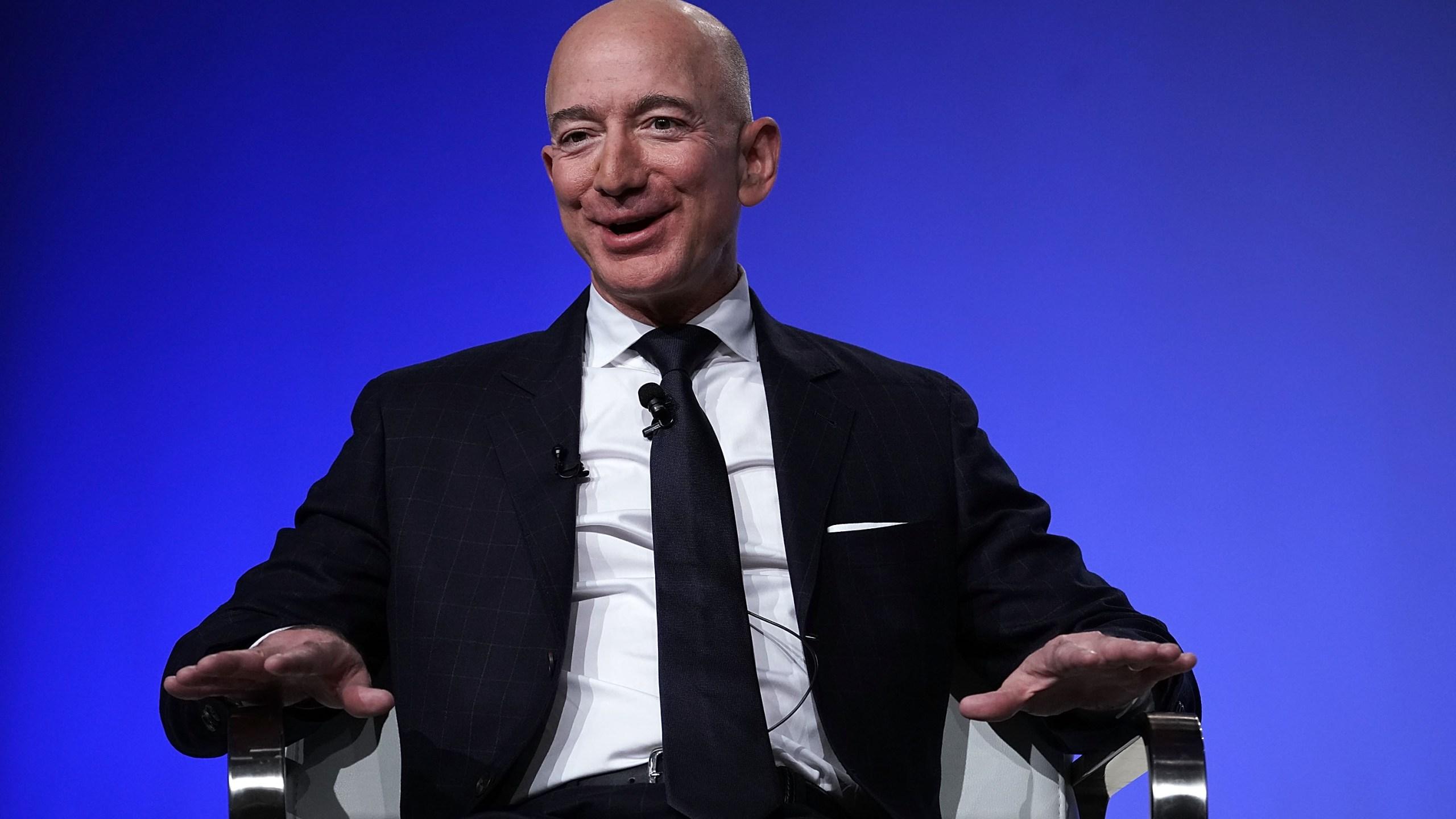 Amazon CEO Jeff Bezos to move to role ...