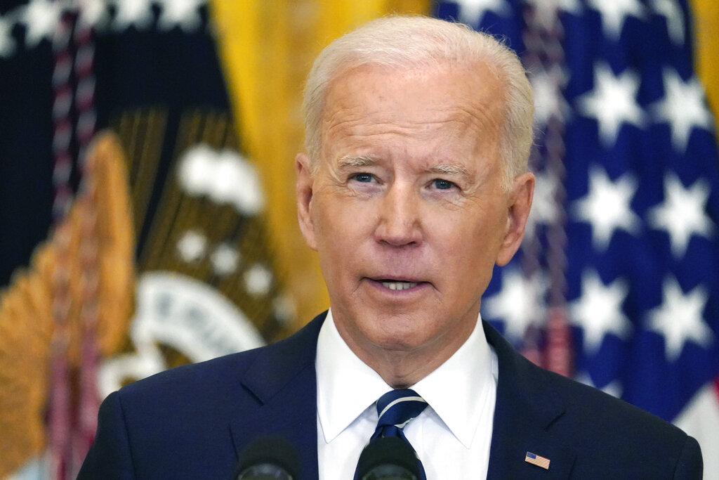 President Biden reacts to Indianapolis mass shooting at FedEx facility
