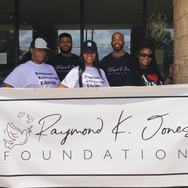 Indianapolis foundation financial support victims of gun violence