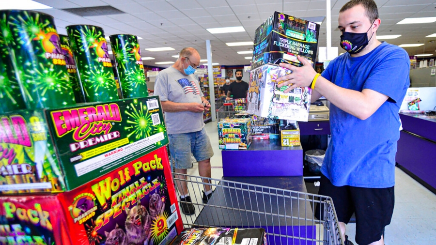 Fireworks retailer warns of July 4 shortage: Here are the states