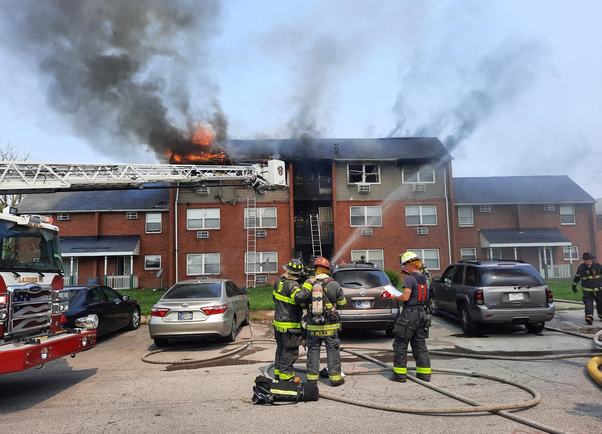 68-year-old Indianapolis man jumps out third story window to escape apartment fire